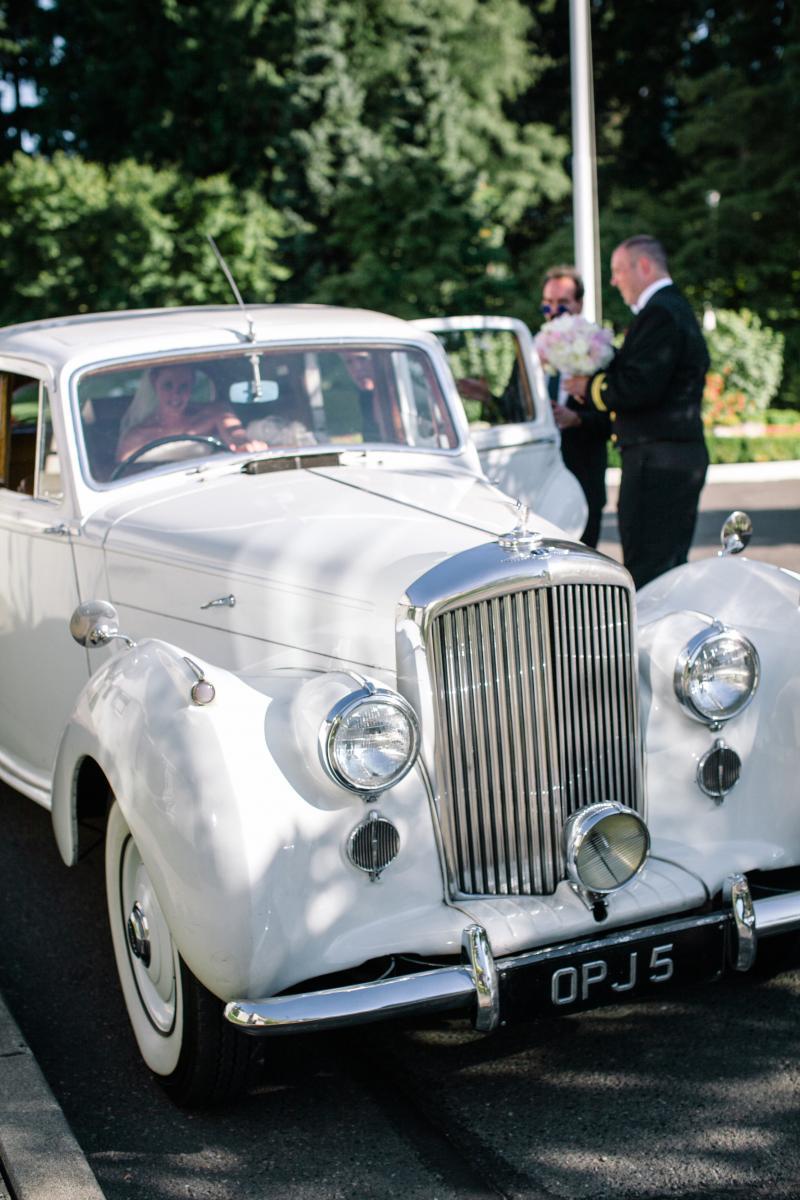 1950 Bentley MK VI - British Motor Coach, Inc.