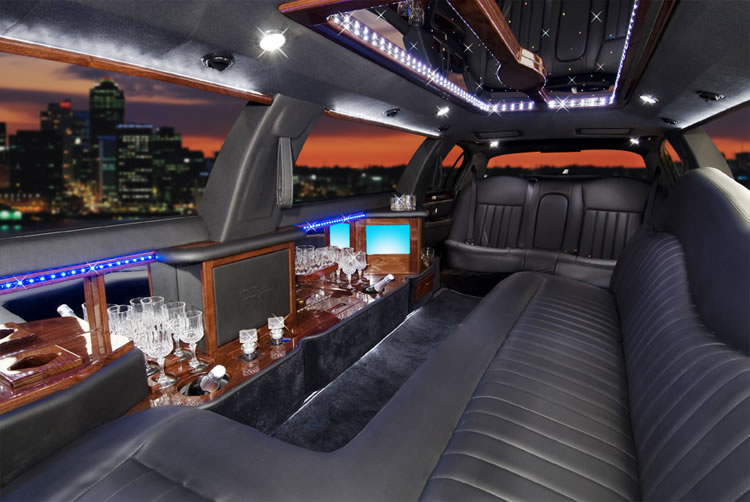 8 Passenger Suv Rental >> Lincoln Stretch Limousines – British Motor Coach, Inc.