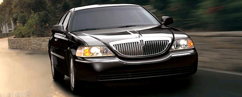 The Lincoln Town Car Is A Model Line Of Full Size Luxury Sedans That Was Marketed By Division American Automaker Ford Motor Company From
